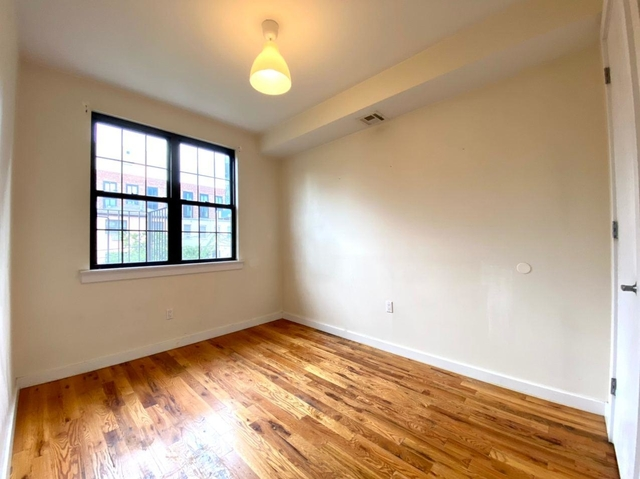 Room, Bedford-Stuyvesant Rental in NYC for $750 - Photo 2