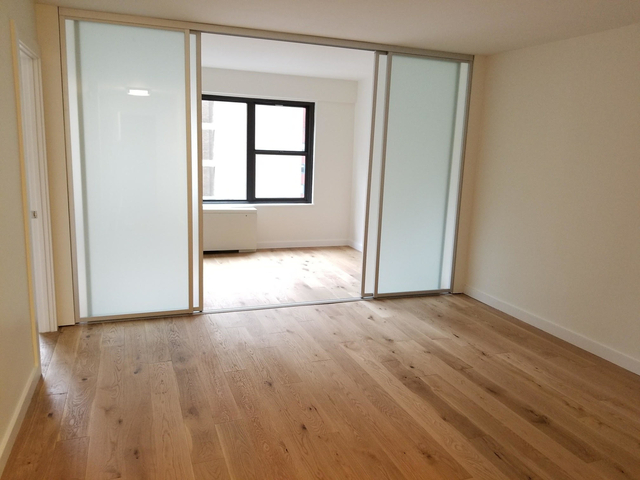 3 Bedrooms, Turtle Bay Rental in NYC for $3,100 - Photo 1