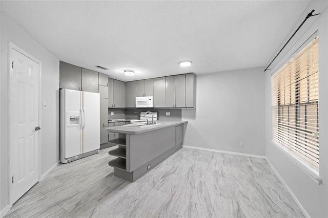 2 Bedrooms, Riverwalk Condominiums Rental in Houston for $1,500 - Photo 1