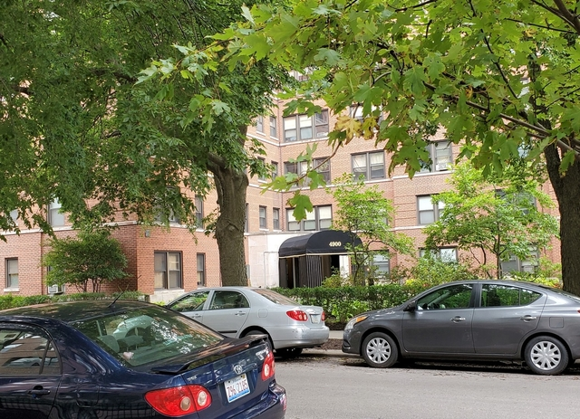 2 Bedrooms, Margate Park Rental in Chicago, IL for $1,500 - Photo 1