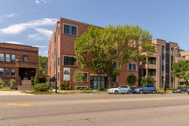 3 Bedrooms, Budlong Woods Rental in Chicago, IL for $3,700 - Photo 1