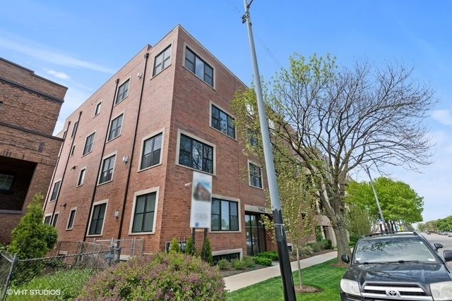 3 Bedrooms, Budlong Woods Rental in Chicago, IL for $2,400 - Photo 1