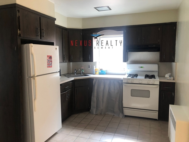 4 Bedrooms, Ditmars Rental in NYC for $2,800 - Photo 1