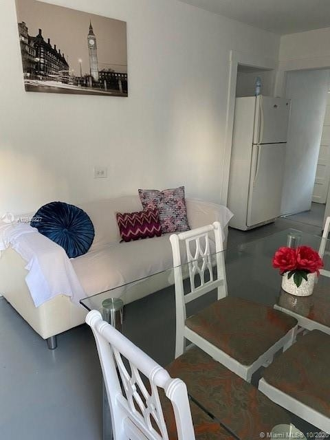 2 Bedrooms, Bankers Park Rental in Miami, FL for $1,600 - Photo 1