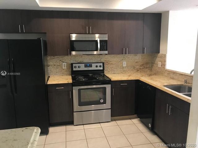 3 Bedrooms, New River Estates Rental in Miami, FL for $1,950 - Photo 1