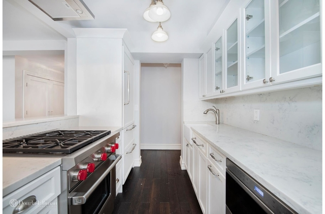 3 Bedrooms, Sutton Place Rental in NYC for $5,900 - Photo 2