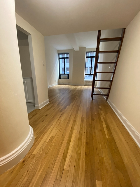Studio, NoHo Rental in NYC for $2,292 - Photo 2