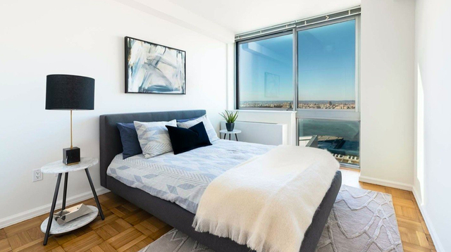 2 Bedrooms, Hell's Kitchen Rental in NYC for $4,413 - Photo 2