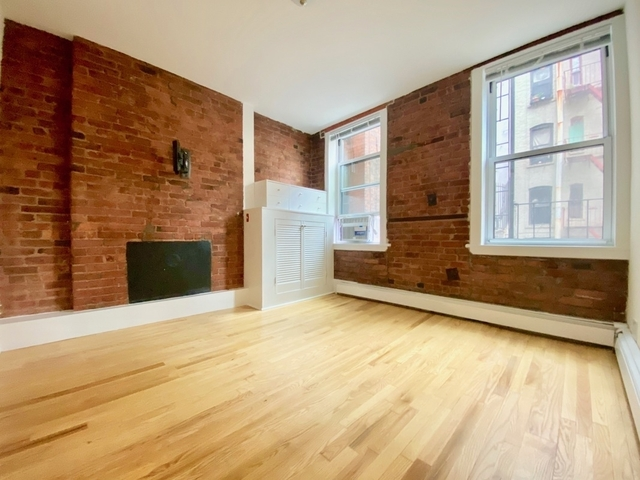 3 Bedrooms, SoHo Rental in NYC for $3,500 - Photo 1