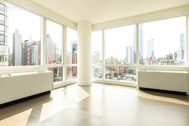 2 Bedrooms, Hell's Kitchen Rental in NYC for $4,485 - Photo 1
