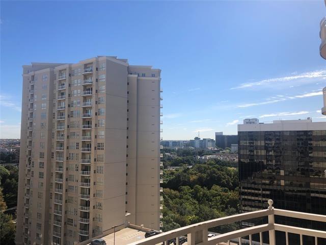 2 Bedrooms, Oak Lawn Rental in Dallas for $2,350 - Photo 1