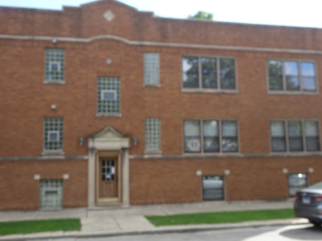 2 Bedrooms, Roscoe Village Rental in Chicago, IL for $2,300 - Photo 1