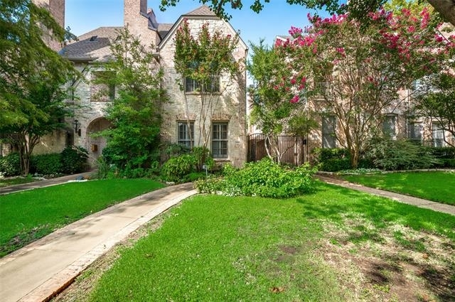 4 Bedrooms, University Park Rental in Dallas for $5,800 - Photo 1