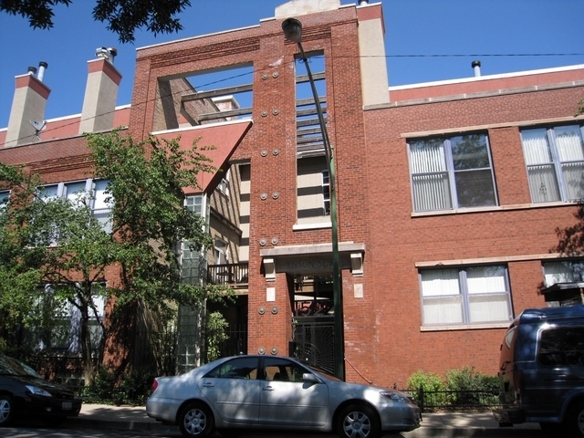 2 Bedrooms, West Town Rental in Chicago, IL for $2,450 - Photo 1