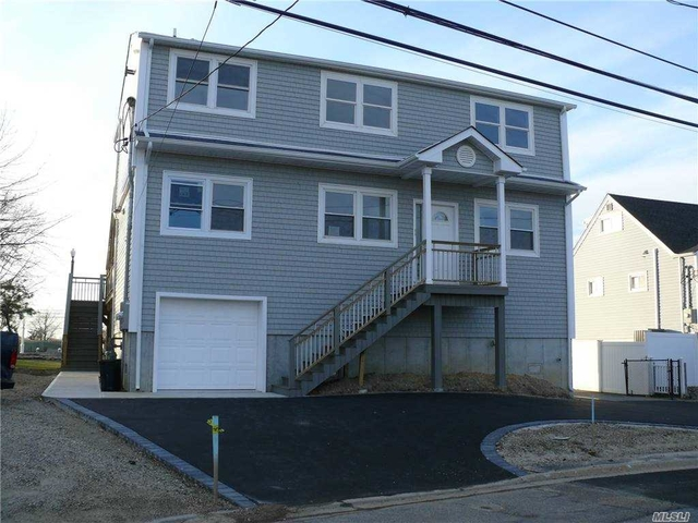2 Bedrooms, West Babylon Rental in Long Island, NY for $2,650 - Photo 1