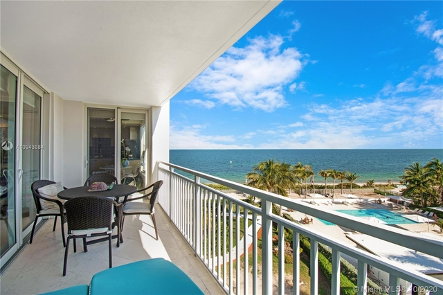 2 Bedrooms, Sands of Key Biscayne Rental in Miami, FL for $6,000 - Photo 1
