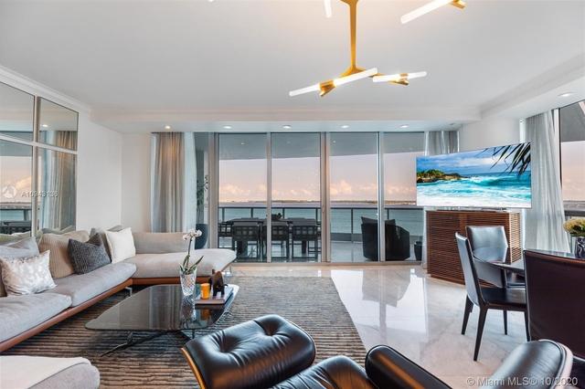 2 Bedrooms, Miami Financial District Rental in Miami, FL for $5,300 - Photo 2