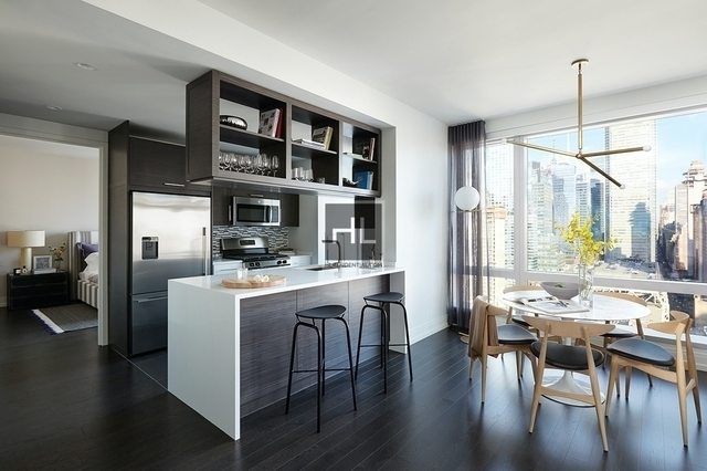 2 Bedrooms, Hell's Kitchen Rental in NYC for $6,250 - Photo 1