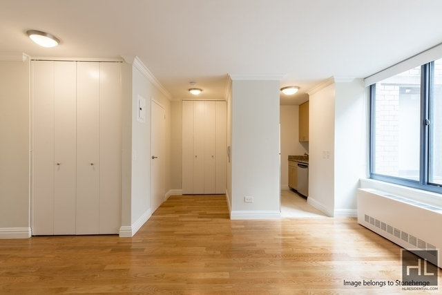 Studio, Theater District Rental in NYC for $2,122 - Photo 2
