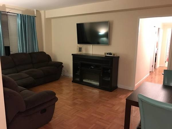 2 Bedrooms, East Harlem Rental in NYC for $2,327 - Photo 1
