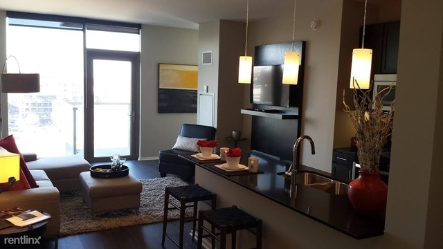 3 Bedrooms, West Loop Rental in Chicago, IL for $3,500 - Photo 1