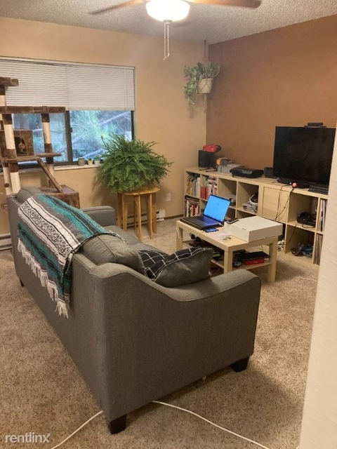 2 Bedrooms, Mission Hills Rental in Fort Collins, CO for $1,200 - Photo 1