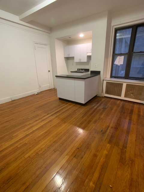 Studio, Turtle Bay Rental in NYC for $2,150 - Photo 2