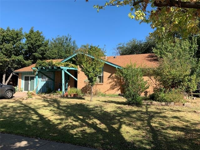 3 Bedrooms, Highland Meadows Rental in Dallas for $1,850 - Photo 1