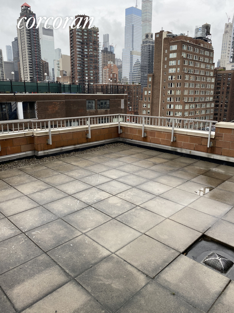 2 Bedrooms, Upper East Side Rental in NYC for $5,355 - Photo 1