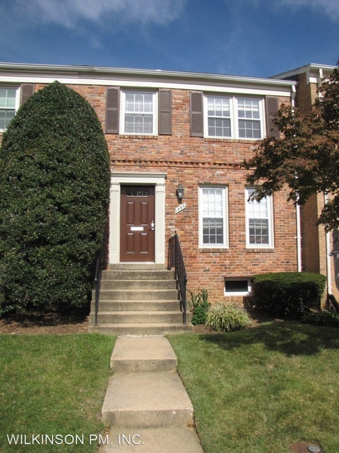 3 Bedrooms, McLean Rental in Washington, DC for $3,150 - Photo 1