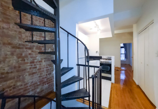 2 Bedrooms, Greenwich Village Rental in NYC for $2,645 - Photo 1