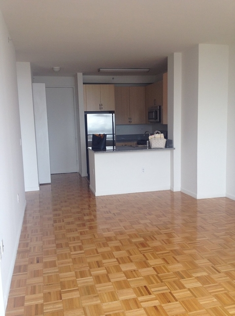 Studio, Theater District Rental in NYC for $3,225 - Photo 2
