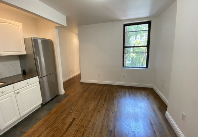2 Bedrooms, Hell's Kitchen Rental in NYC for $2,538 - Photo 2