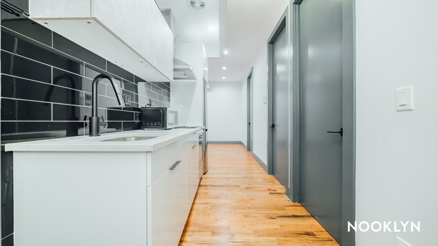 3 Bedrooms, East Williamsburg Rental in NYC for $3,480 - Photo 1