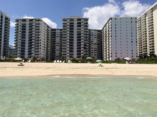 3 Bedrooms, Oceanfront Rental in Miami, FL for $2,400 - Photo 1