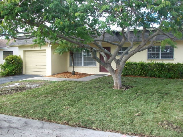 2 Bedrooms, Sandalfoot Cove Rental in Miami, FL for $1,995 - Photo 1