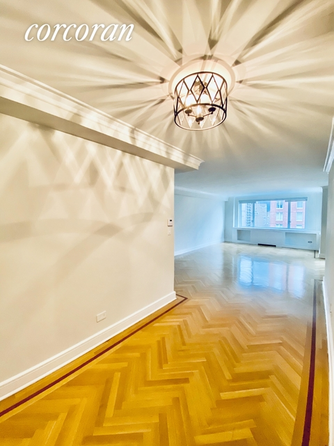 2 Bedrooms, Lenox Hill Rental in NYC for $8,250 - Photo 1