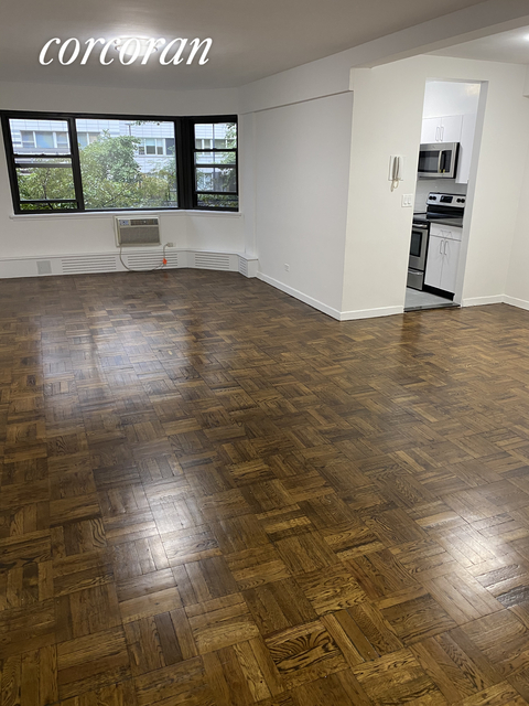 2 Bedrooms, Upper East Side Rental in NYC for $4,900 - Photo 1