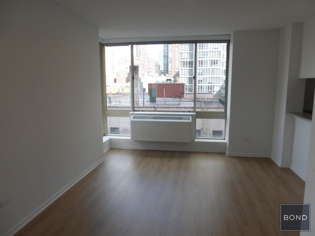 Studio, Hell's Kitchen Rental in NYC for $1,990 - Photo 1