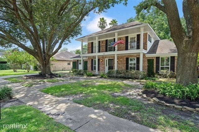 4 Bedrooms, Glenshire East Rental in Houston for $2,390 - Photo 1