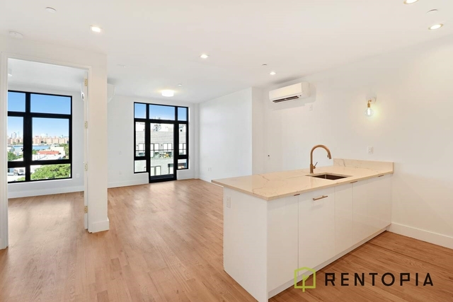 1 Bedroom, Greenpoint Rental in NYC for $2,876 - Photo 1