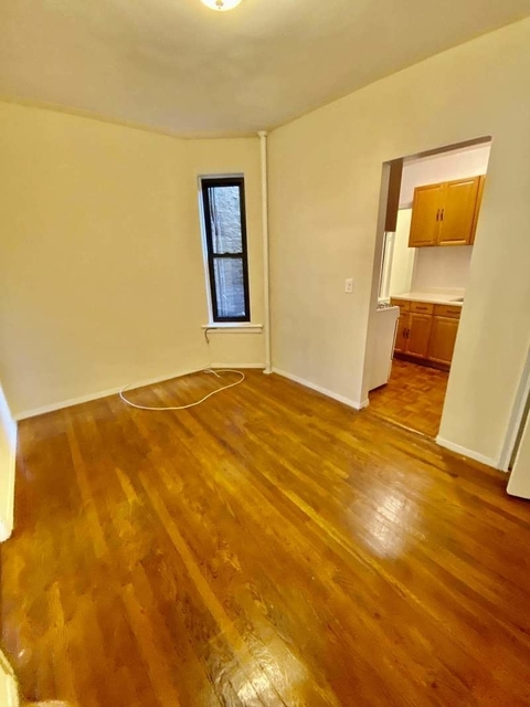 1 Bedroom, Yorkville Rental in NYC for $1,795 - Photo 2