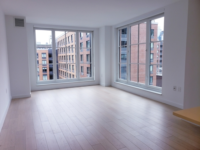 2 Bedrooms, Hell's Kitchen Rental in NYC for $4,663 - Photo 1
