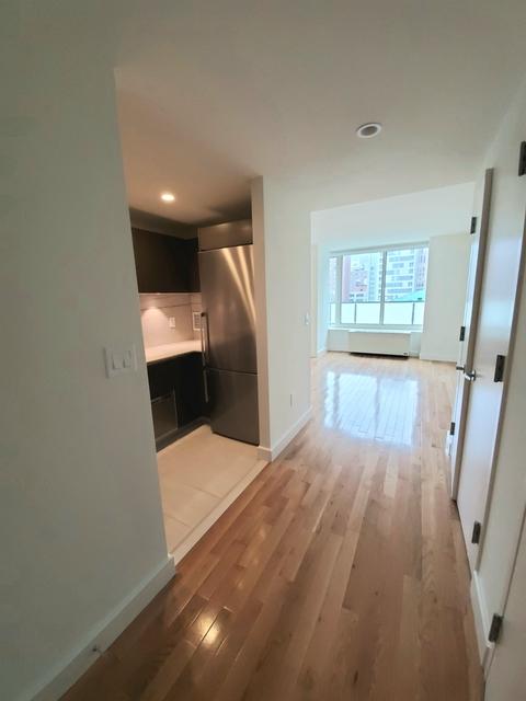 Studio, Chelsea Rental in NYC for $2,336 - Photo 2