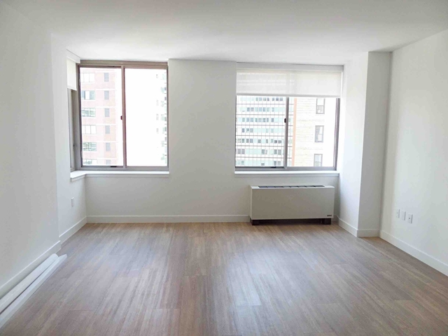 1 Bedroom, Financial District Rental in NYC for $2,610 - Photo 2