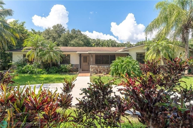 3 Bedrooms, Davie Rental in Miami, FL for $3,500 - Photo 1