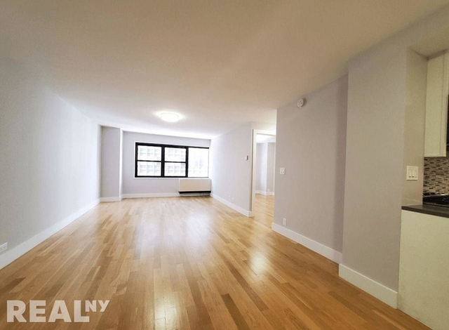 1 Bedroom, Turtle Bay Rental in NYC for $2,950 - Photo 1