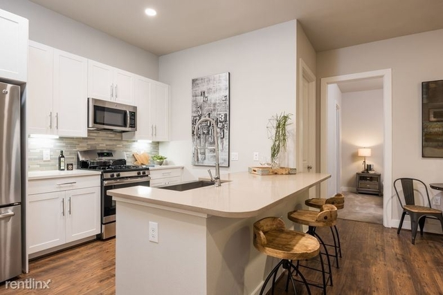 2 Bedrooms, Fourth Ward Rental in Houston for $2,037 - Photo 1