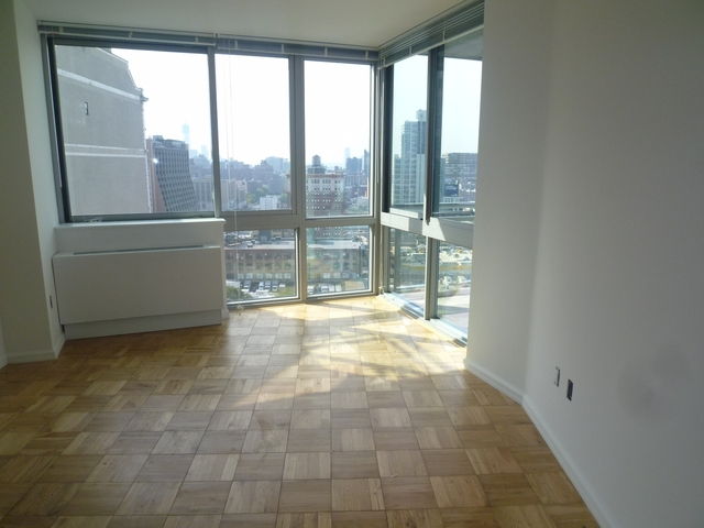 Studio, Hell's Kitchen Rental in NYC for $1,890 - Photo 2