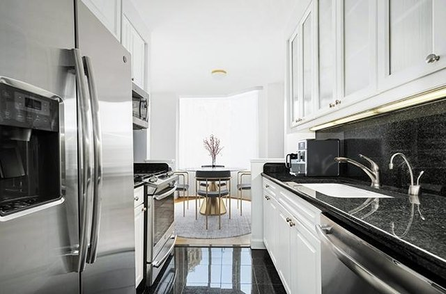 1 Bedroom, Financial District Rental in NYC for $3,075 - Photo 2